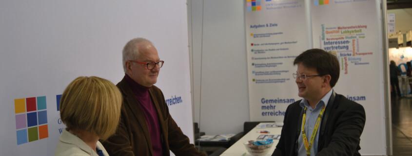 Bei angenehmen Gesprächen informierte der GWW Besucher über aktuelle Themen und zukünftige Projekte.